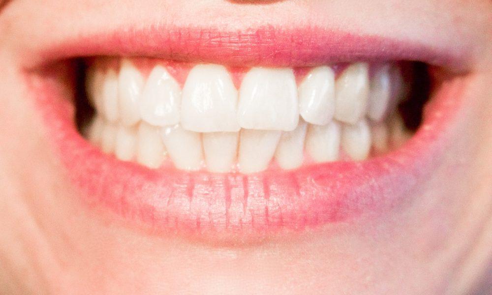 Dzisiejsza technika stosowana w salonach stomatologii estetycznej zdoła spowodować, że odbierzemy śliczny uśmiech.